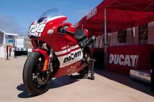 Ducati Bellevue 796 Monster Racer