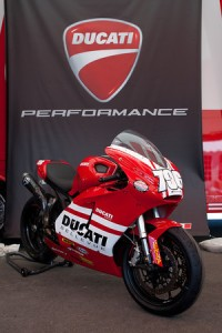 Ducati Bellevue 796 Monster Racer Pic by Studio 819
